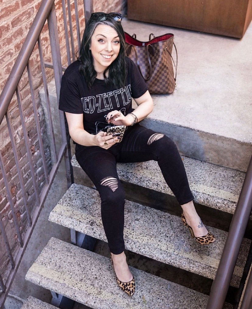 jessica-totillo-coster-ecommerce-badassery-stairs